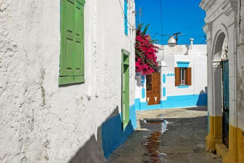 Koskinou: The village has beautiful cobbled streets, whitewashed squares filled with colorful flowers.