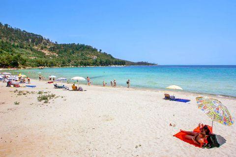 Golden Beach: Relaxing sea view.