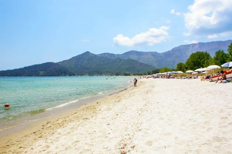 Golden Beach: Soft sand and turquoise waters.