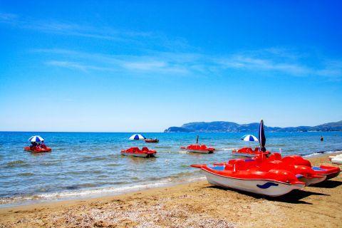 Kalamaki: Small boats for exploring the beautiful sea.