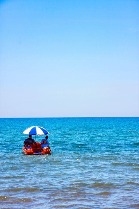 Kalamaki: Relaxing moments on water.