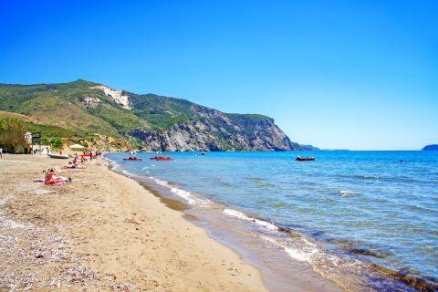 Kalamaki: Nice beach with beautiful natural surroundings.