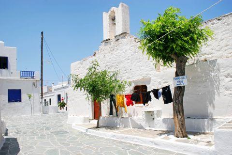 Chora: A typical, Cycladic neighborhood
