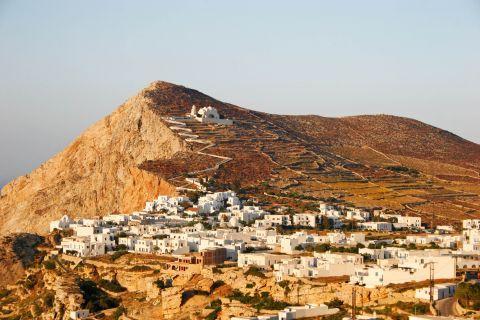Chora: Small, Cycladic houses