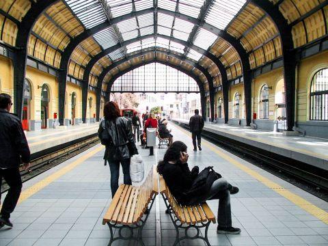 Piraeus: At Piraeus metro station
