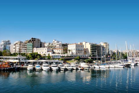 Piraeus: View of Pasalimani