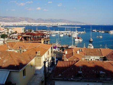 Piraeus: Panoramic view of Tourkolimano