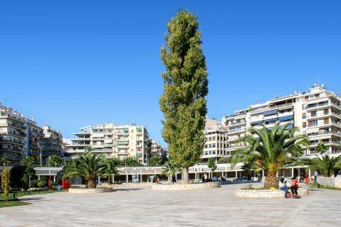Piraeus: Close to the Hellenic Maritime Museum