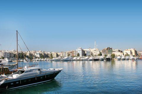 Piraeus: The Bay of Zea