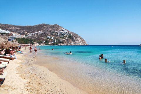 Elia: Tourists enjoying themselves on Elia beach