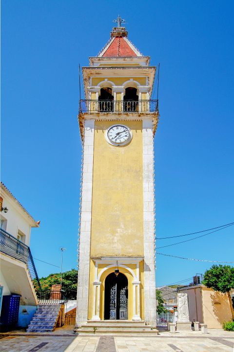 Volimes: Impressive belfry with a clock.
