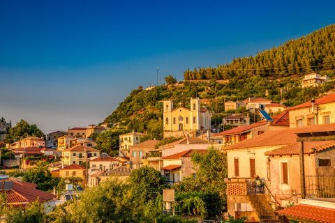 Town: Traditional houses in Kyparissia Town