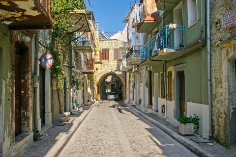 Pyrgi: Streets with traditional buildings.