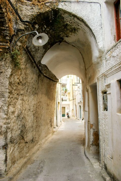 Pyrgi: A quiet alley.