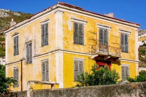 Agia Marina: An old mansion.