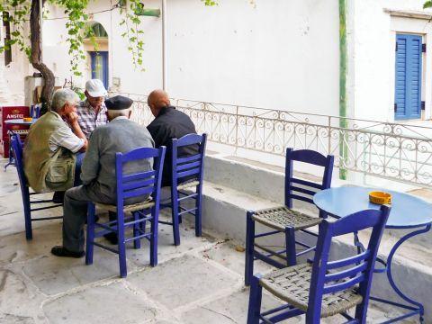 Koronos: A local kafenio