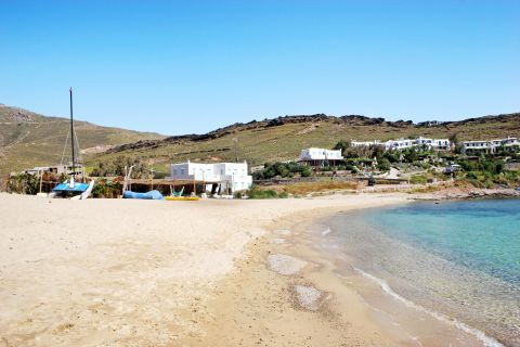 Panormos: Sandy beach