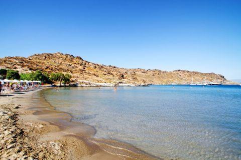 Monastiri: Crystal clear waters