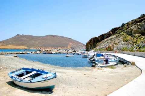 Molos: Fishing boats