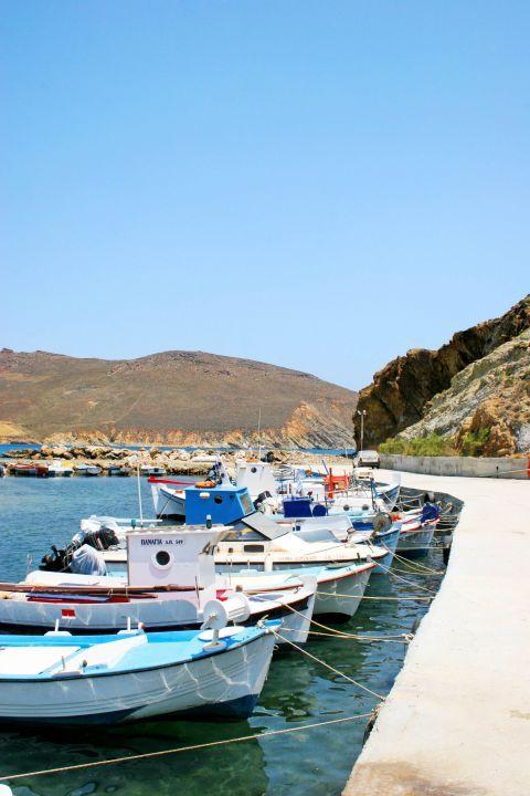 Molos: The small port of Molos
