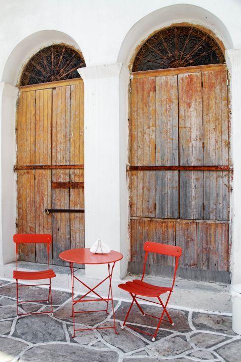 Halki: Seating of a local kafenio