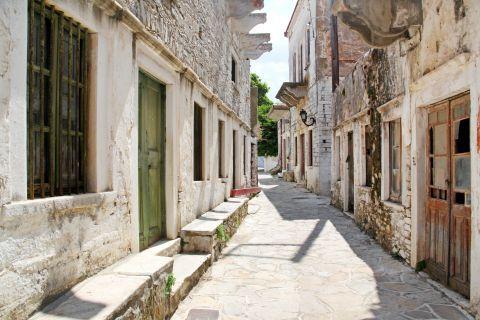 Halki: Old mansions