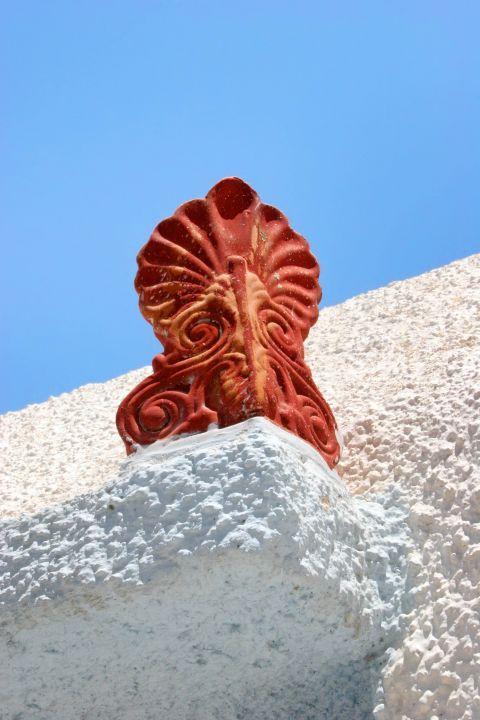 Melanes: A ceramic decoration
