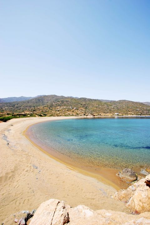 Kalamos: A non organized beach
