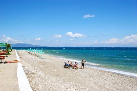 Poros Beach: Poros beach is covered with white pebbles