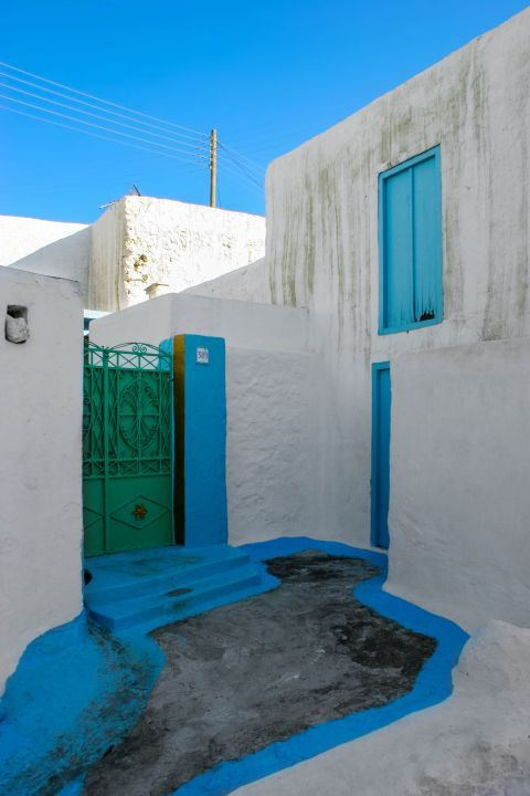 Archangelos: Traditional architecture.