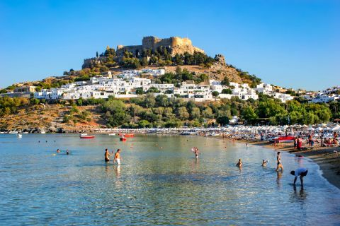 Lindos Beach Megali Paralia: Castle view from Lindos Megali Paralia beach