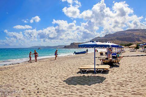 Lothiarika: Umbrellas and sun loungers on Lothiarika beach.