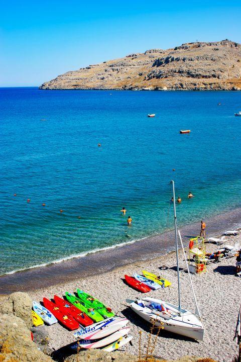 Vlicha: Water sport activities. Vlicha beach.