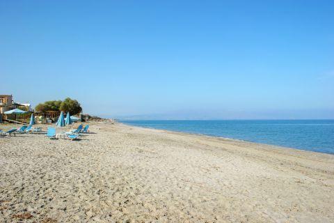 Platanias Village: Sandy beach