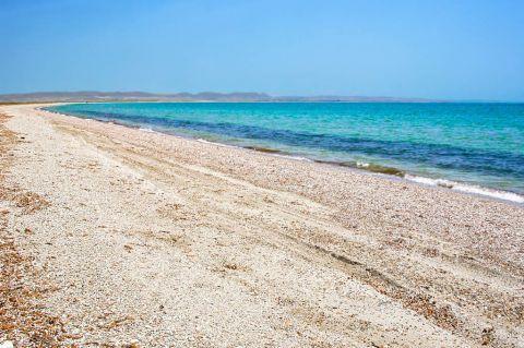 Keros: Keros is an endless beach with soft white sand