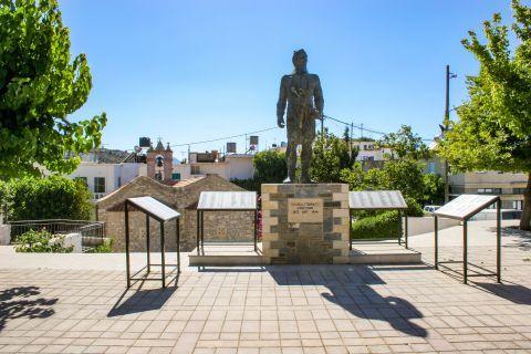 Anogia: War memorial.