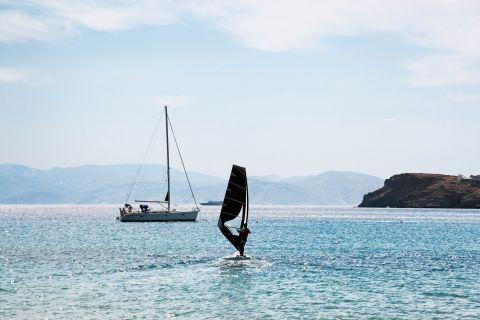 Mylopotas: Watersport activities in Mylopotas.